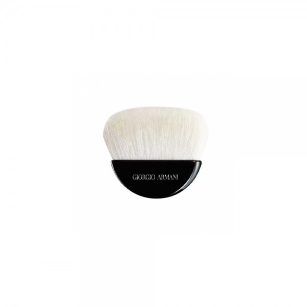 Armani 光影輪廓蜜粉掃
